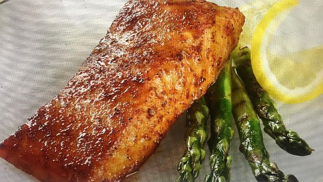 Nielsen-Massey's Vanilla-Scented Poached Salmon With Vanilla-Champagne Glaze