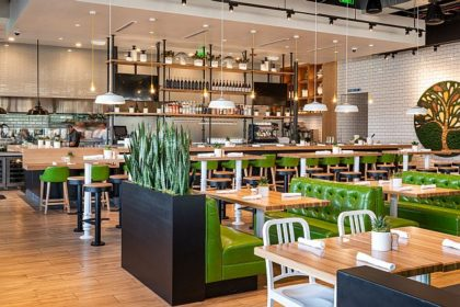 True Food Kitchen debuts healthy fare in Oak Brook