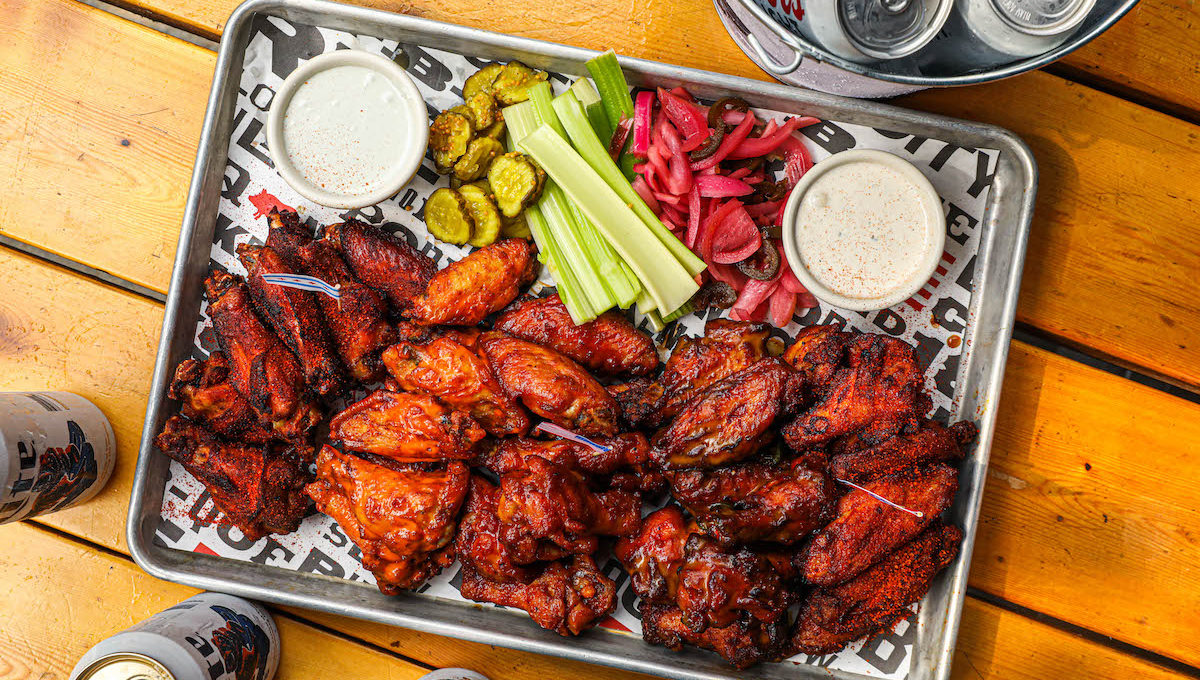 Game day packages Chicagoland restaurants putting together now
